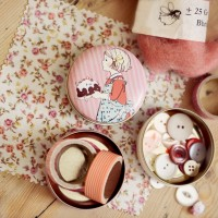 Belle & Boo Pocket Tin