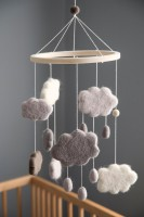 Filz Wolken Baby Mobile warm grey