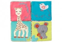 Sophie the Giraffe early learning cubes
