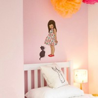 Wand Sticker von Belle & Boo mit dem Motiv Alana and Kitty Wall Sticker