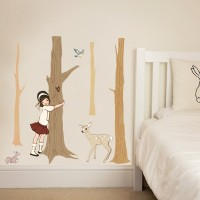 Wand Sticker von  Belle & Boo mit dem Motiv Tree Hugger Wall Stickers